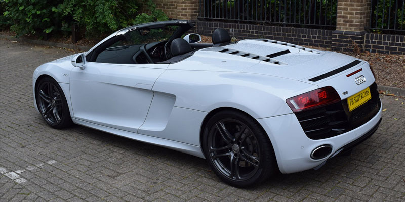 audi hire hire an audi r8 v10 spyder online at pb supercars. Black Bedroom Furniture Sets. Home Design Ideas